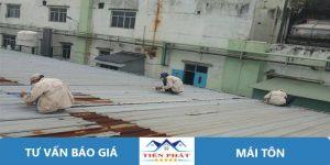 Thợ sửa chữa mái tôn tại quận 2