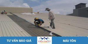 Thợ sửa chữa mái tôn tại quận Tân Phú