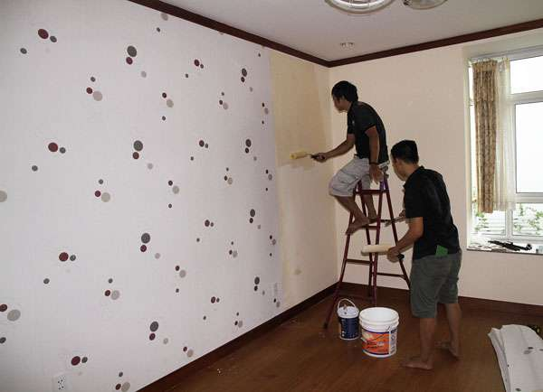 Phương pháp thi công giấy dán tường hiệu quả nhất