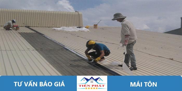 Thợ chuyên nhận sơn chống nóng mái tôn